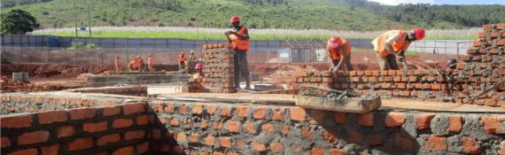 Brick work along gridlines (L-D)(5-7)60%
